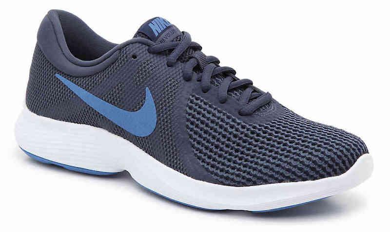 athletic shoe for nurses